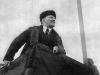 40. В.И.Ленин произносит речь на Красной площади в день празднования 1-й годовщины Великой Октябрьской социалистической революции. Москва, 7 ноября 1918 года